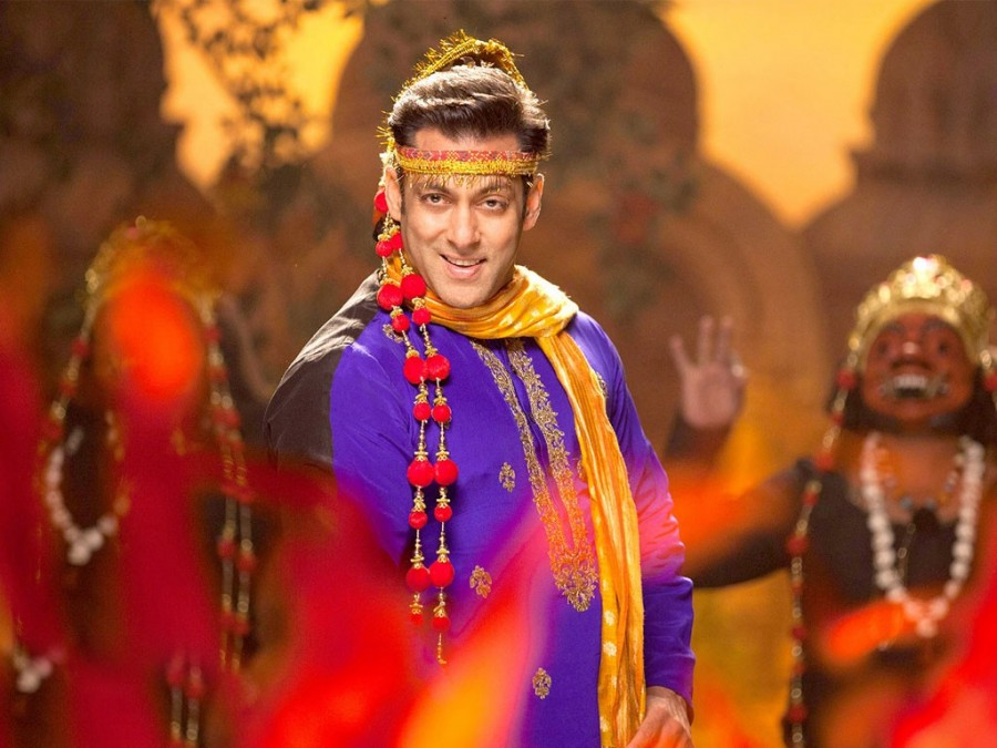 1st Sunday Box Office Report | Prem Ratan Dhan Payo 4th Day Collection