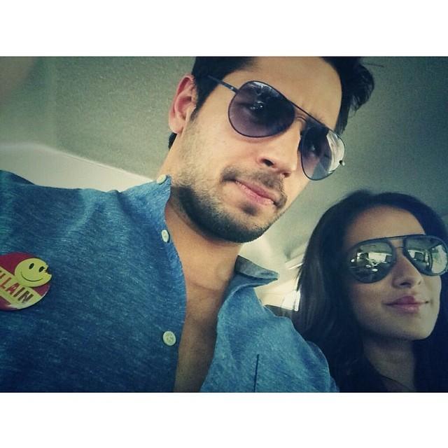 Shraddha Kapoor selfie with Sidharth Ek Villian