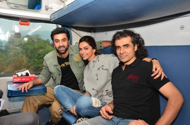 Tamasha Holds Well On Saturday | 2nd Day Box Office Report