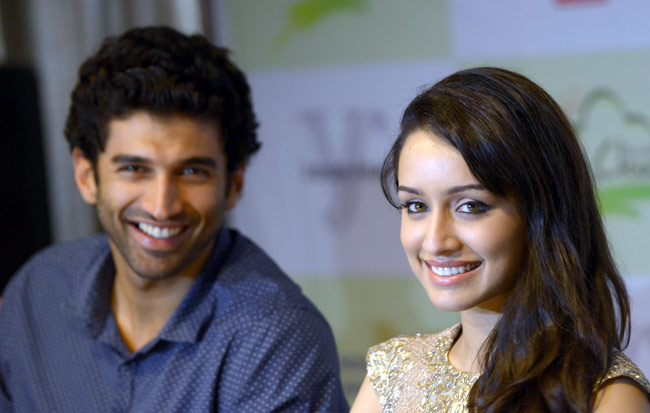 Aditya Roy Kapoor and Shraddha Kapoor in Ok Kanmani Hindi Remake