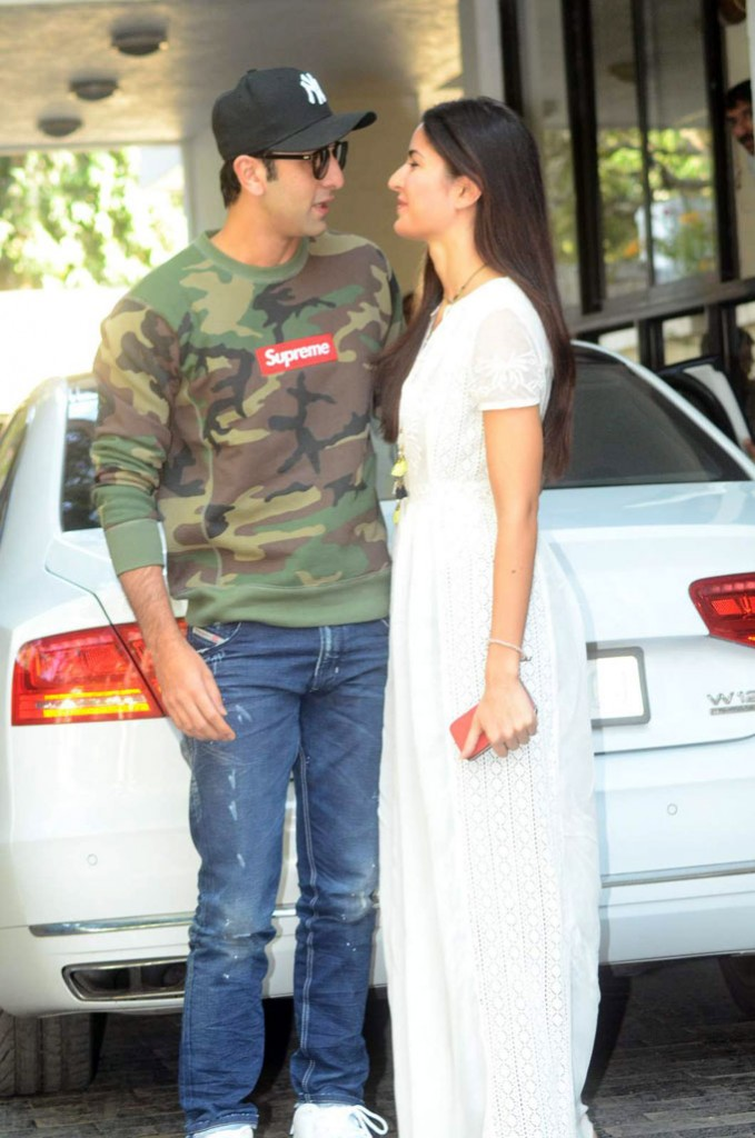 Cute Pictures of Ranbir Kapoor and Katrina Kaif proving they are still going strong