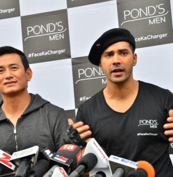 Catch Varun Dhawan's Spectacular Football moves in #FootballFullcharge