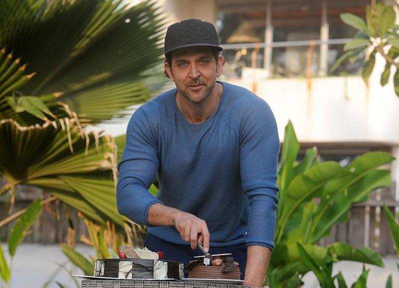 Hrithik Roshan buys himself a more movies resolution as well as a Rolls Royce, wait what?