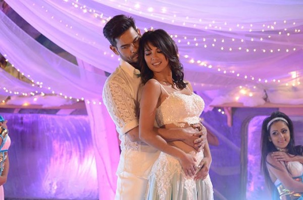 Keith Sequeira and Rochelle Rao's steamy perfomance