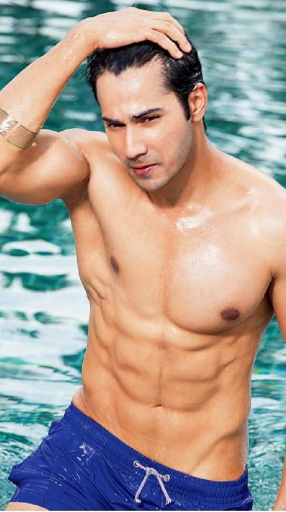 10 Hot Pics of Varun Dhawan