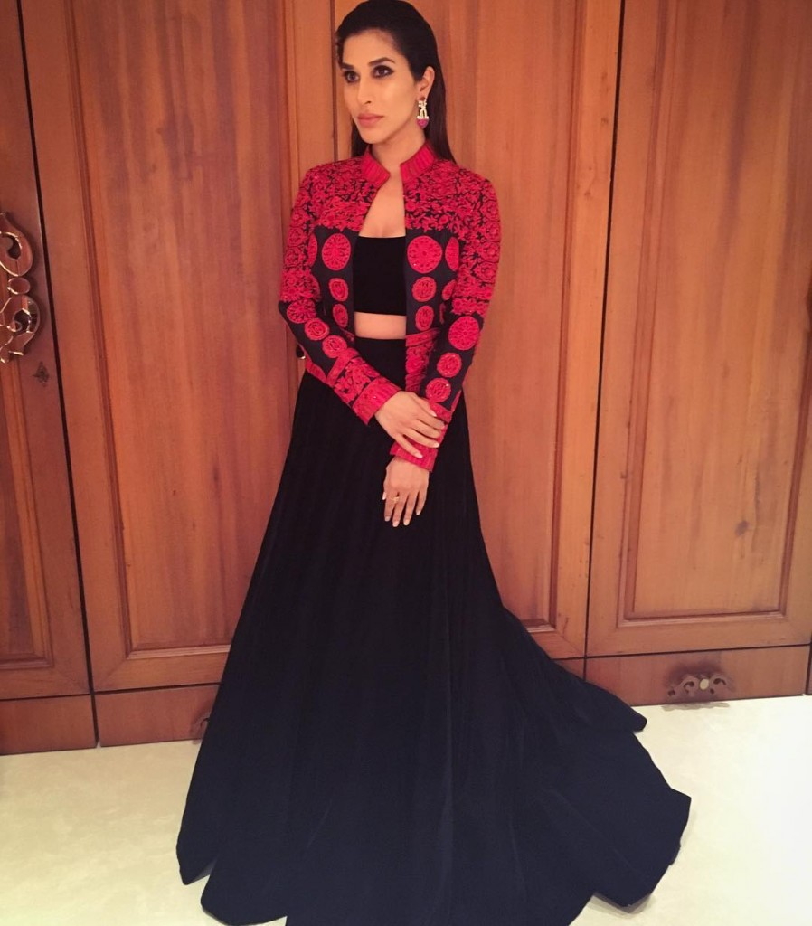 Sophie Choudry at Zee Cine Awards