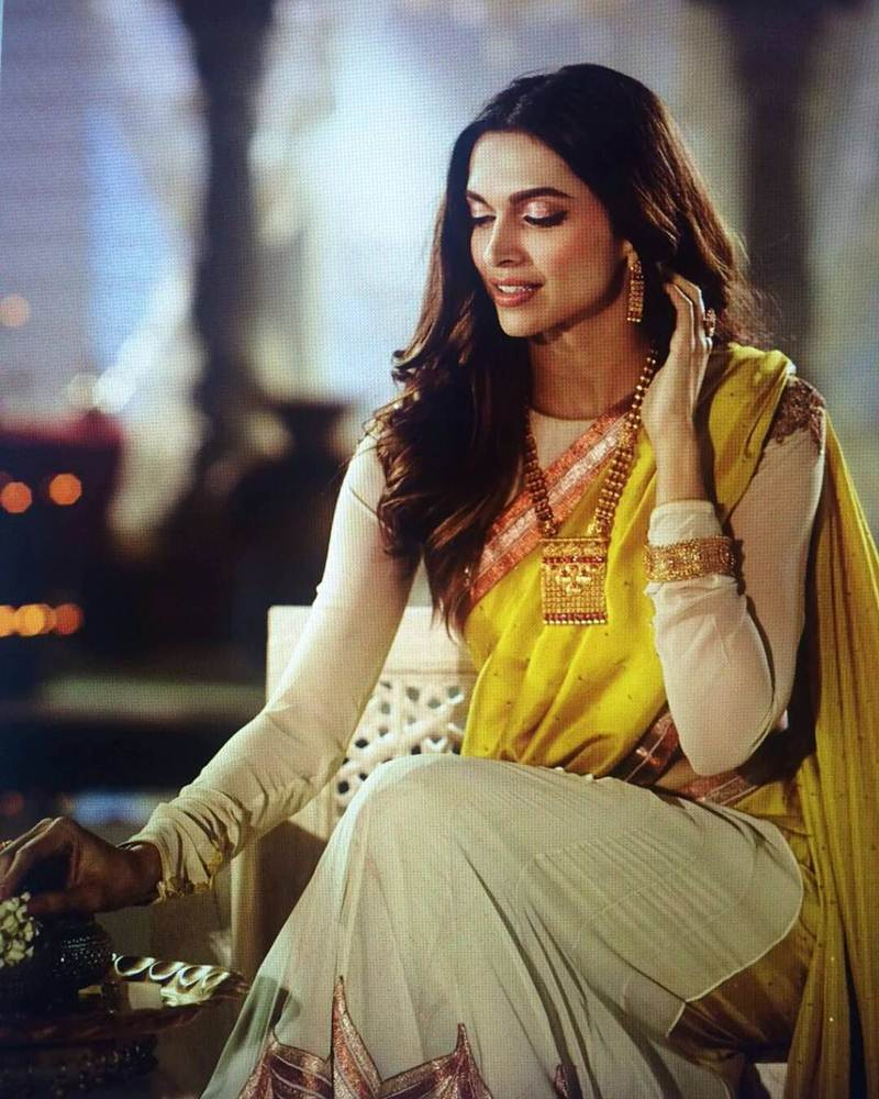 Deepika Padukone stuns in this latest ad for a Jewellery Brand- Deepika 4