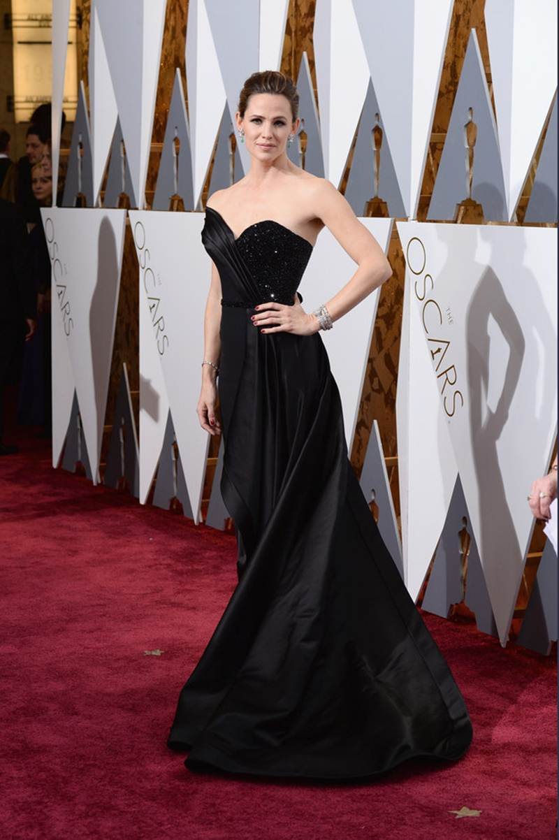 Take a look at who wore what at the Oscars 2016 | Pictures Inside- Jennifer