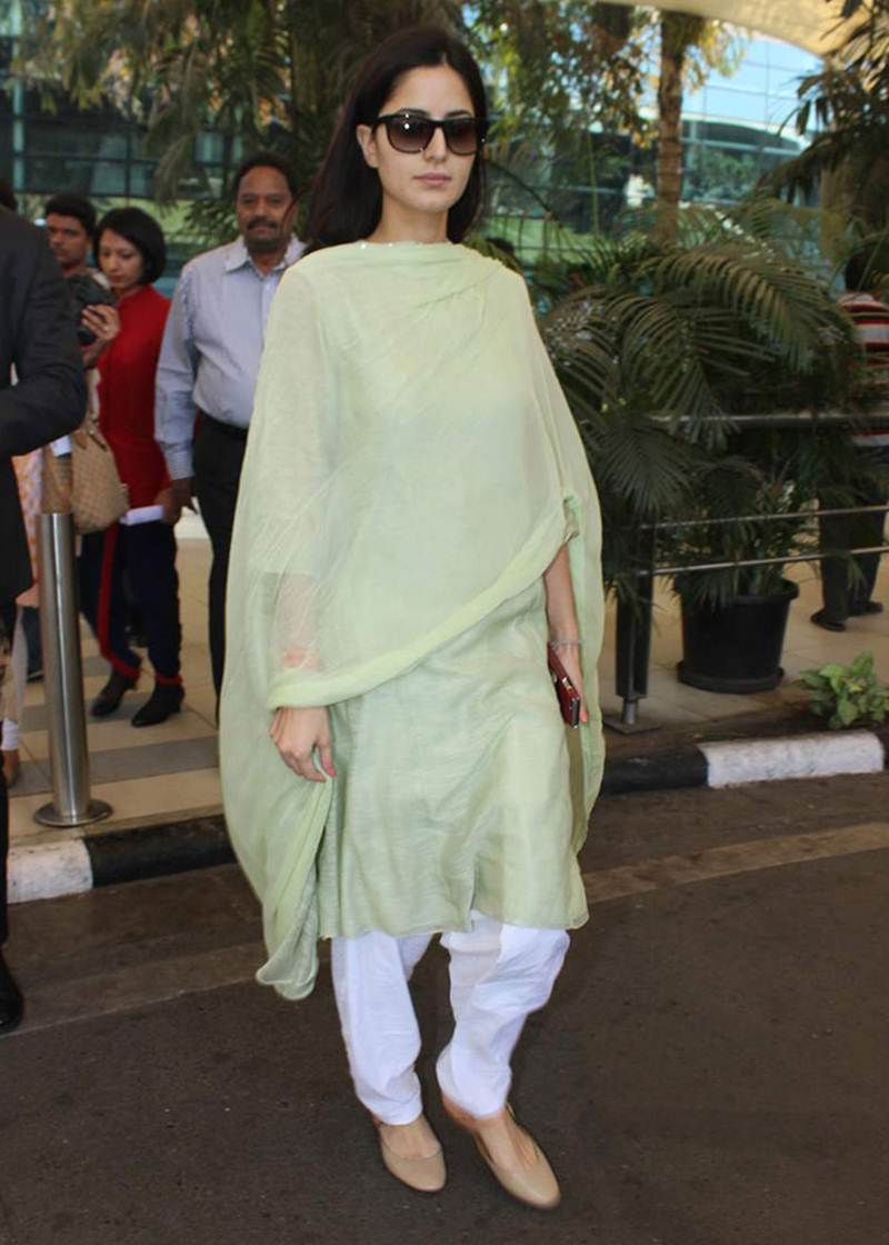 Airport Spotting | Get that Chic Look like our favourite Celebs for your next Journey- Katrina 2