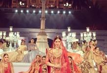 Kriti Sanon's Bridal Avatar for Tarun Tahiliani's show is the most beautiful thing you'll see today- Kriti Sanon