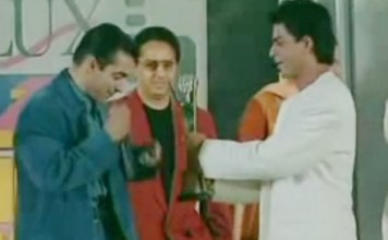 #ThrowbackThursday: When Shahrukh Khan Gave His Award To Salman Khan