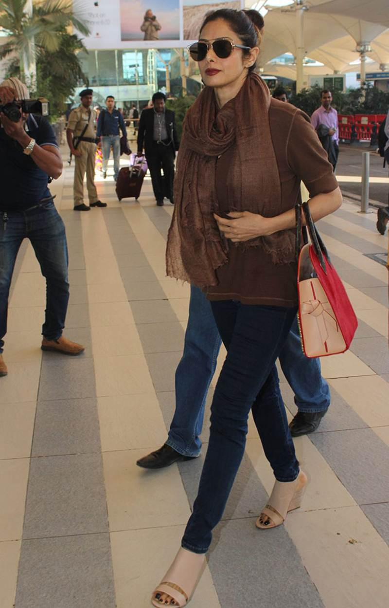 Airport Spotting | Get that Chic Look like our favourite Celebs for your next Journey- Sridevi 1