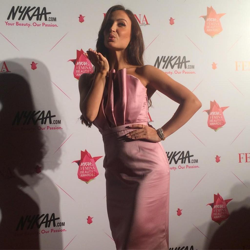 Elli Avram at Nykaa Awards 2016