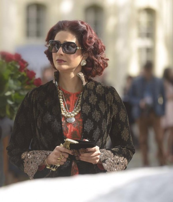 One who loved the role of Tabu in Haider should definitely watch out her negative shades in Fitoor.