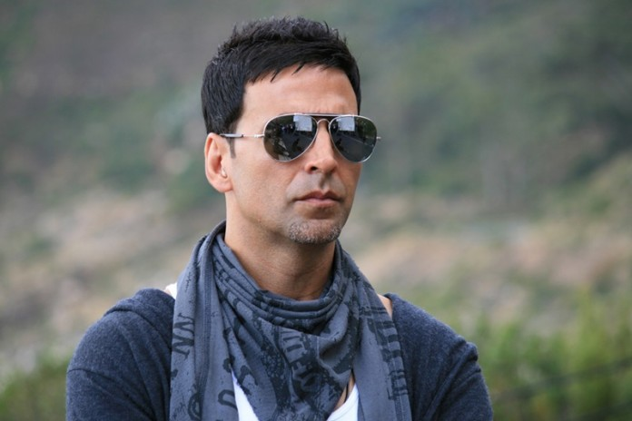 Akshay Kumar has written the foreword of Emraan Hashmi's 'The Kiss of Life'