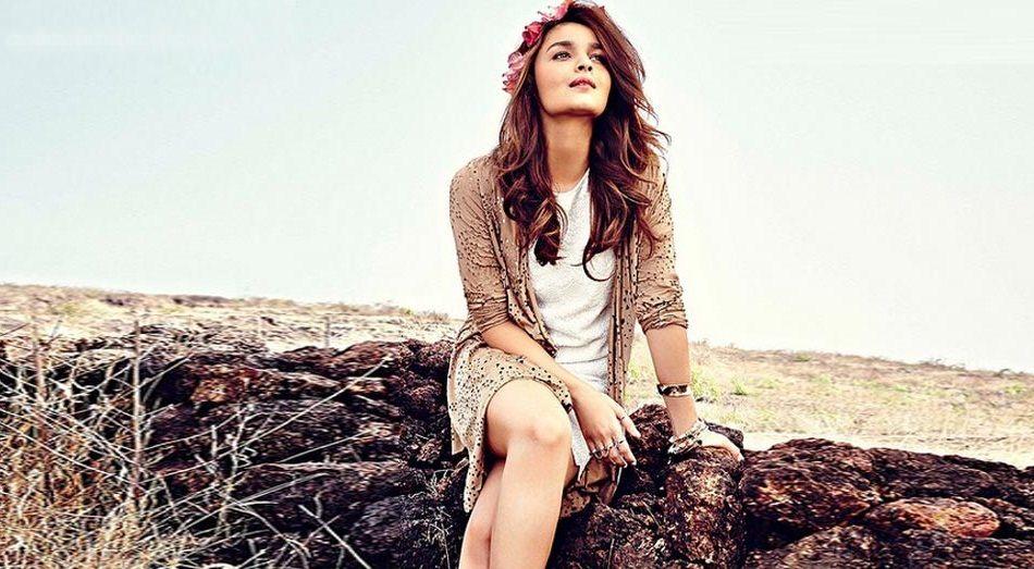 5 reasons why Alia Bhatt is far ahead of her contemporaries- Alia 4