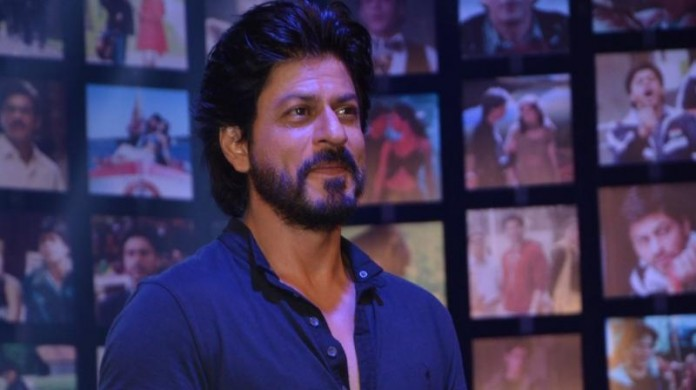 Here's why Shah Rukh Khan was slapped by a woman in public!- SRK