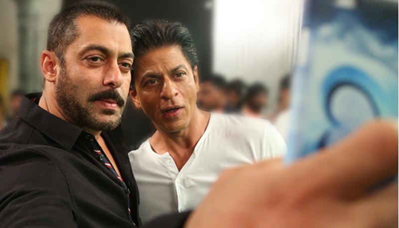 Salman Khan tweeted Fan Trailer saying he is a fan of Shah Rukh Khan!