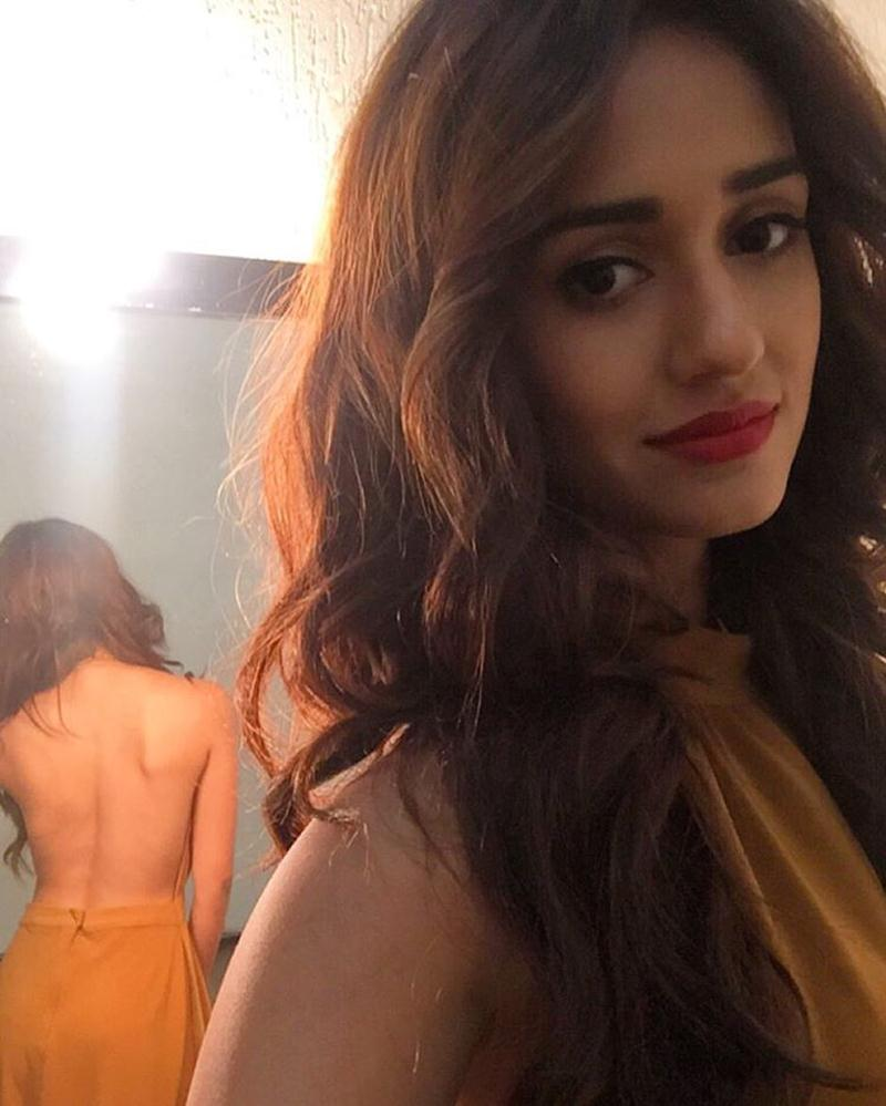 These 15 Hot Pics of Disha Patani prove what a Bombshell she is!- Disha Back