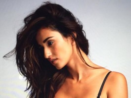 Disha Patani Hot Pics | Disha Patani Hot & Sexy Pictures Collection