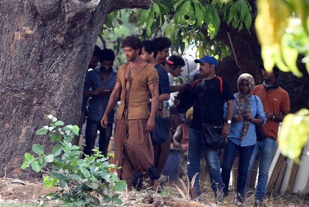 Hrithik Roshan On Sets of Mohenjo Daro