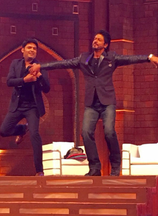 SRK and Kapil on the sets of 'The Kapil Sharma Show'