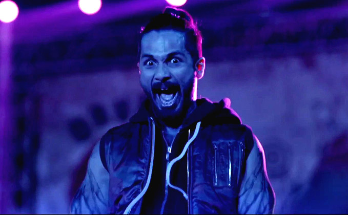 Video | Shahid Kapoor's Amazing Transformation To Rockstar Tommy Singh