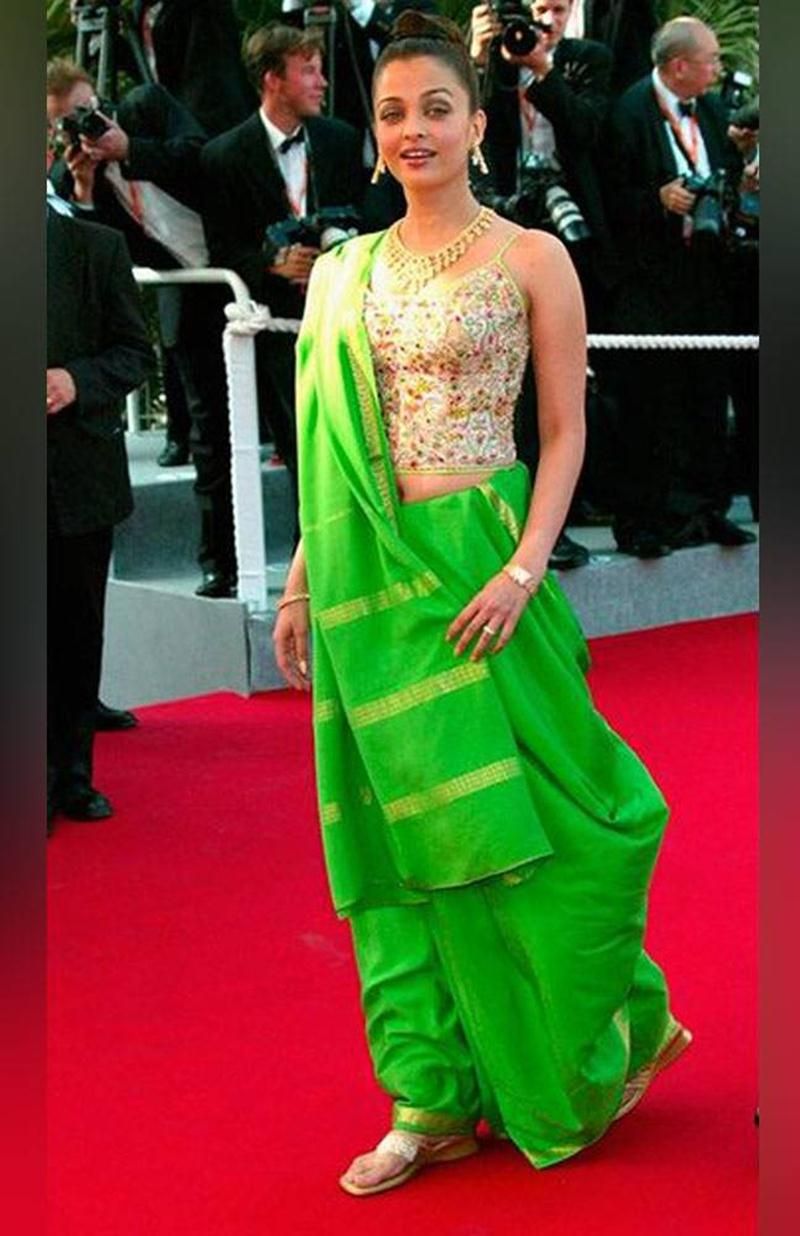 Aishwarya Rai Bachchan and Sonam Kapoor's various looks at Cannes over the years- Aish 2003 1