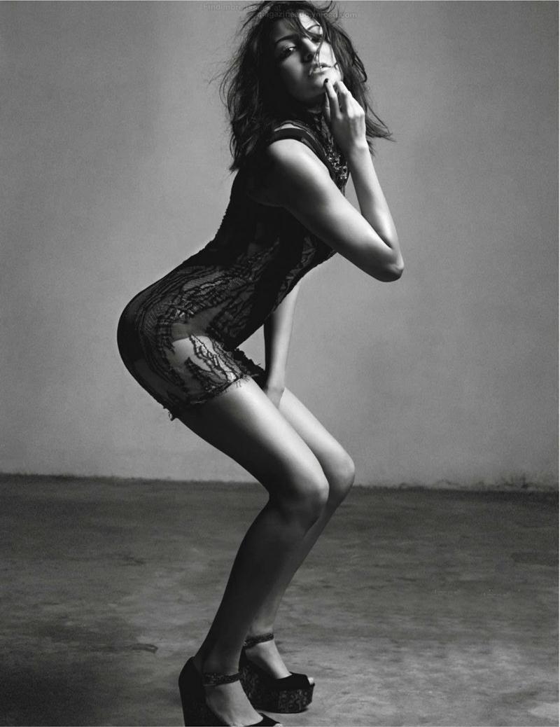 10 Hot Pics of Anushka Sharma that will make you turn up the AC now!- Anushka Black