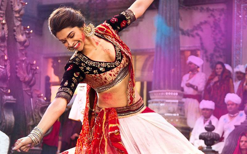 Poll of the Day | Who is the best female dancer in Bollywood?- Deepika Dancing