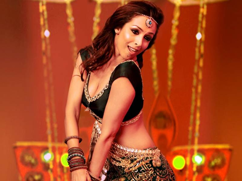 Poll of the Day | Who is the best female dancer in Bollywood?- Malaika Dancing