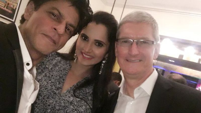 SRK with Sania and Cook