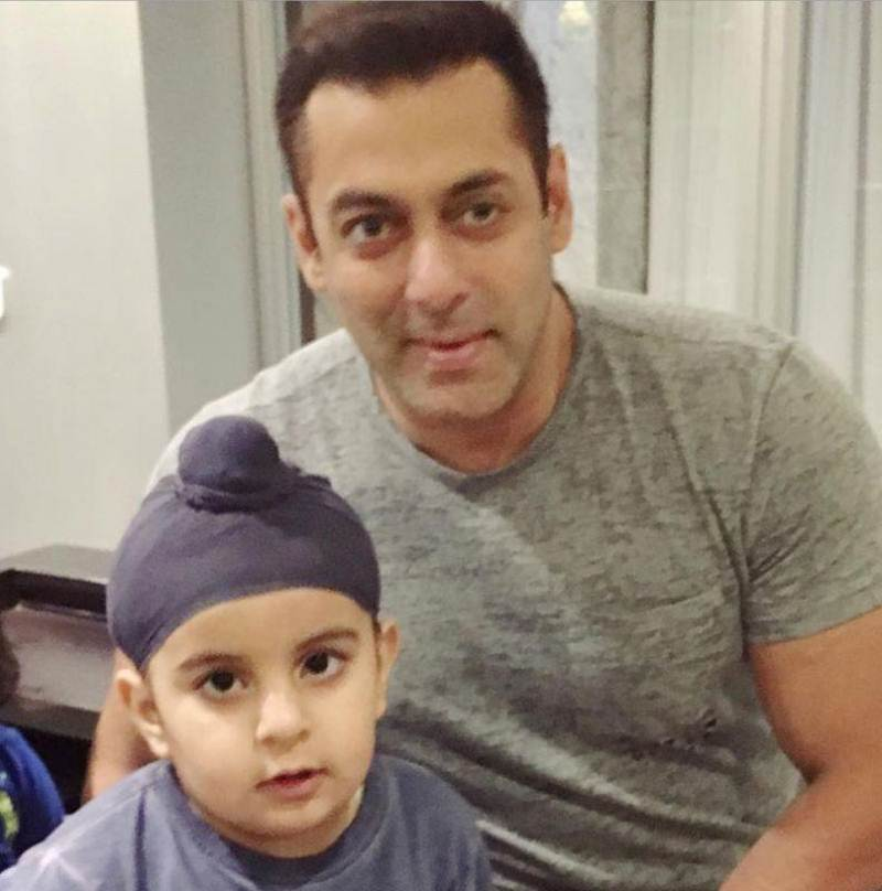 Salman Khan wraps up Sultan in his very own style- Salman Sultan 4