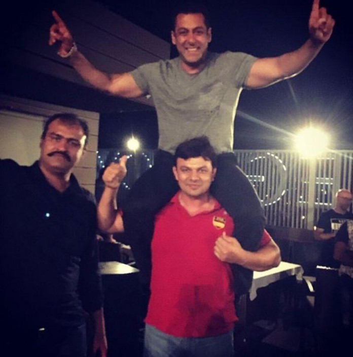 Salman Khan wraps up Sultan in his very own style
