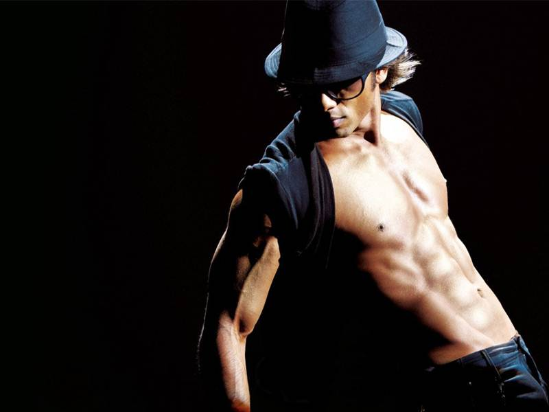 4 Best Male Dancers Of Bollywood - Shahid