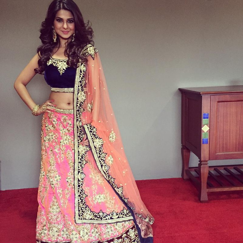 10 Hot Pictures of Jennifer Winget, who is going to make her Bollywood debut soon!- Jennifer Desi Look