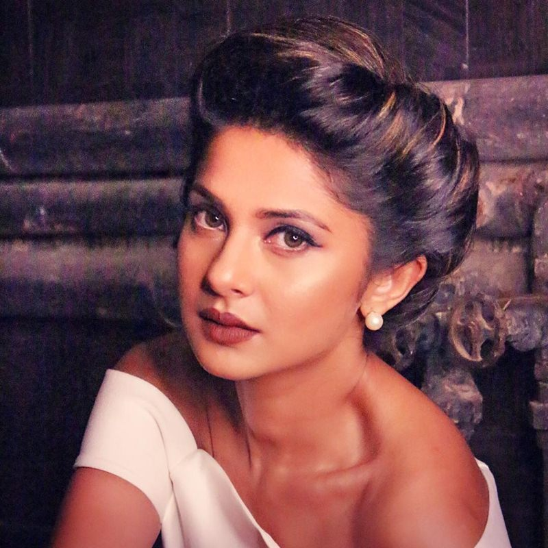 Happy Birthday Jennifer Winget 10 Super Hot Pictures Of