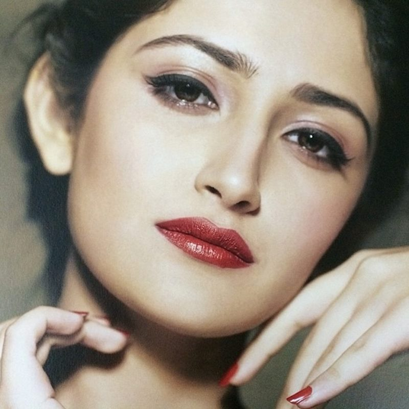 15 Stunning Pictures of Sayyeshaa, the leading lady of Shivaay- Sayyeshaa 15