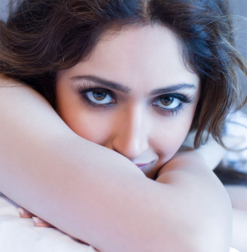 15 Stunning Pictures of Sayyeshaa, the leading lady of Shivaay- Sayyeshaa 4