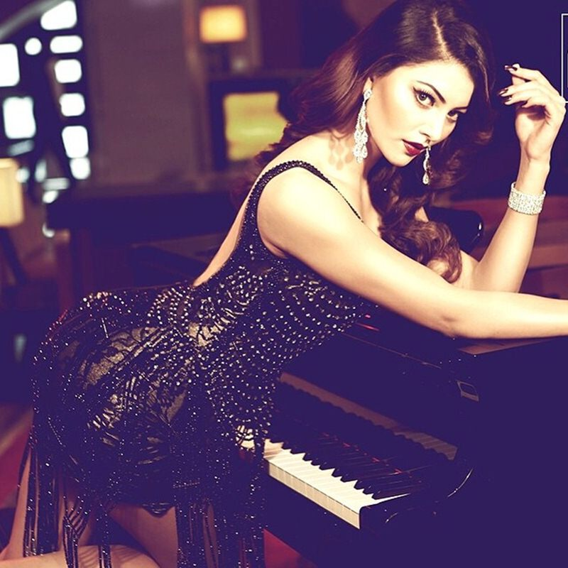 10 Hot Pictures of Urvashi Rautela that will set your heart beating like crazy!- Urvashi Black 1