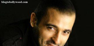 Akshaye Khanna joins Sidharth Malhotra and Sonakshi Sinha for Ittefaq Remake