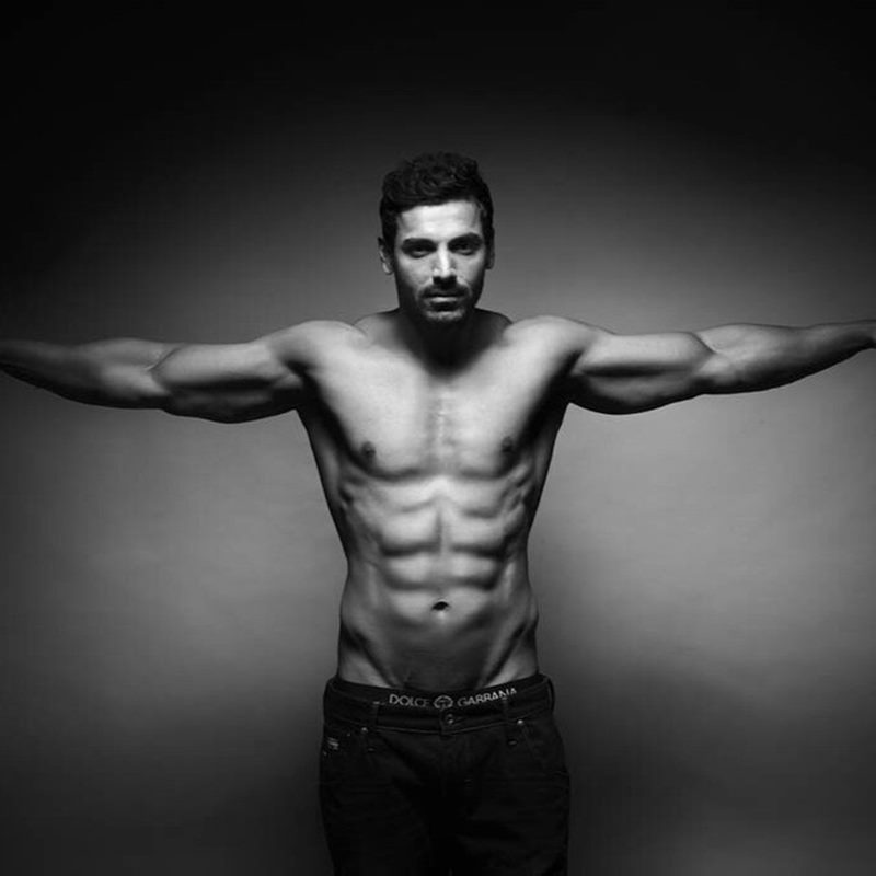 Poll of the Day: Which Bollywood Actor has the hottest body?- John Abraham