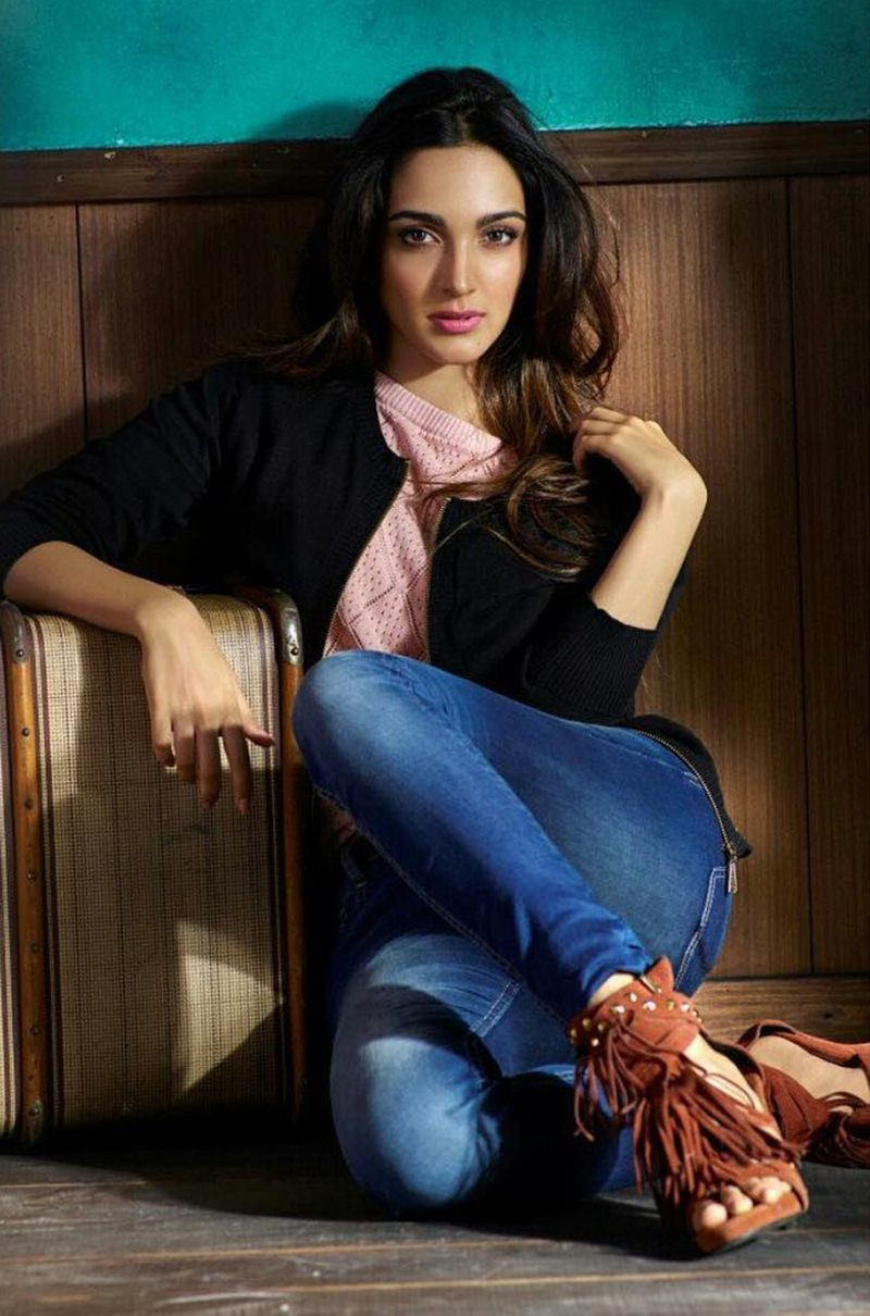 15 Stunning Pictures of Kiara Advani, who will soon be seen in M.S. Dhoni- The Untold Story- Kiara Boots