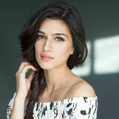 Kriti Sanon beautiful pics 6