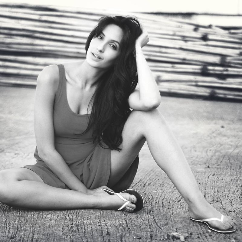 15 Hot Pictures of Nora Fatehi that will spice up your day right up!- Nora bnw 1