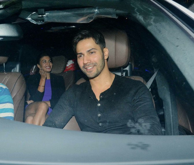 Varun and Jacqueline came together for Akshay Kumar' party