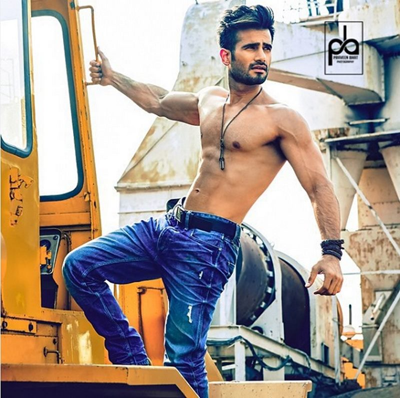 10 TV Hunks that need to make their Bollywood Debut now!- Karan Tacker