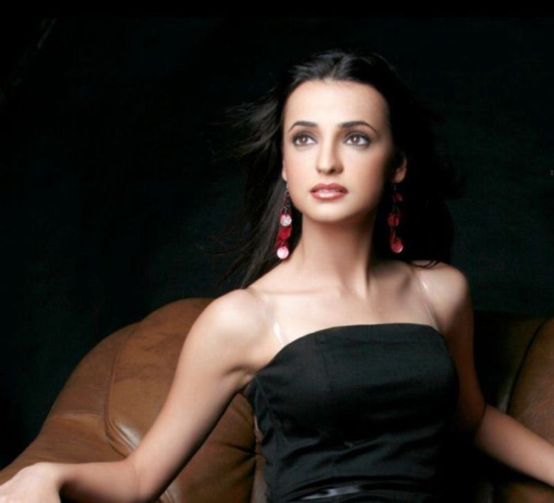 10 TV Beauties that need to make their Bollywood Debut now!- Sanaya Irani