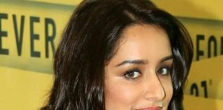 Mr and Mrs. Shakti Kapoor are upset with Shraddha for her frequent late night outings!