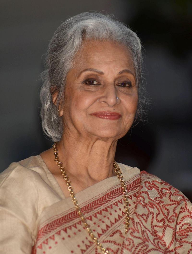 10 Veteran Bollywood Actresses who deserve all the respect in the world- Waheeda Rehman
